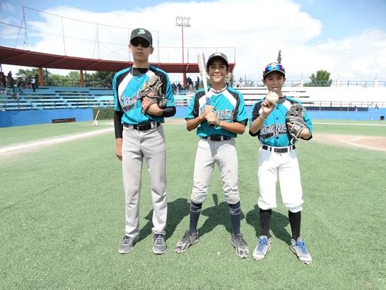 Juan Pablo Peralta, Kenneth Salazar y Jessy Rodríguez destacaron en el triunfo de Saraperitos.