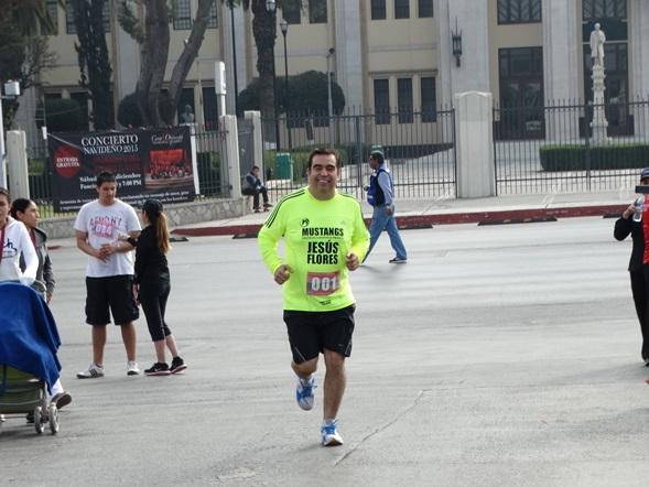 Chuy Flores realizó el recorrido, disfrutando de la carrera.