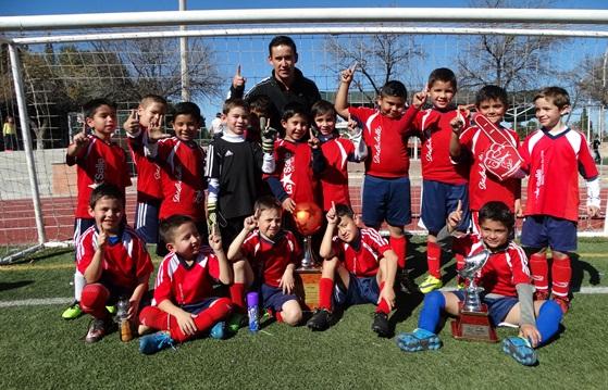 Los Campeones del Colegio Ignacio Zaragoza ganaron la Final con claridad.
