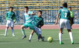 El equipo de la Laguna, perteneciente a las fuerzas básicas de Santos venció a la Selección de la Liga Premier de Saltillo 2-0.