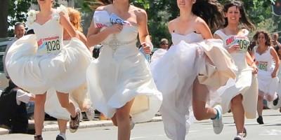 Las novias podrán correr con sus parejas, familiares y amigos.
