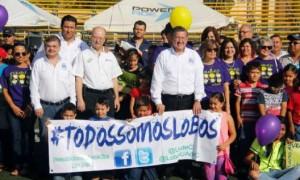 Autoridades de la UAdeC, encabezadas por el rector Blas José Flores Dávila, se dieron cita a la ceremonia de inauguración.
