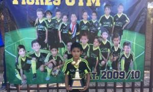 Ariel Jurado ganó el Campeonato de Goleo de la Liga Lasalle jugando con Tigres CTM.