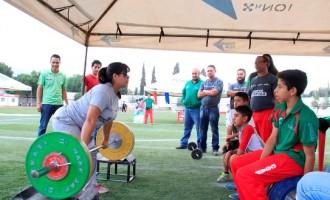La Halterofilia fue uyno de los deportes que tuvo actividad en la Feria del Deporte 2016.