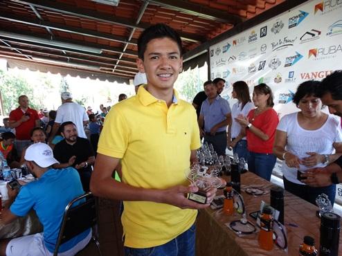Roberto Rodríguez Flores, Campeón de Singles B.