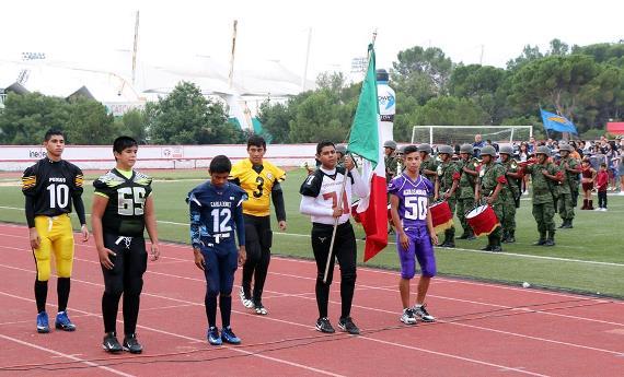 La escolta se conformó con jugadores de distintos clubes.