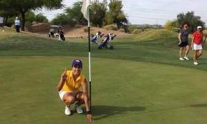 Mónica Dibildox consiguió su primer hoyo en uno como golfista colegial.