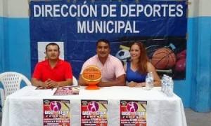 Los organizadores Cuarta Copa de Basquetbol Femenil Saltillo 440 Aniversario, cde la Copa Saltillo