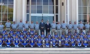 Los Lobos de la UAdeC se tomaron la foto oficial en la semana en la Rectoría de la UAdeC.