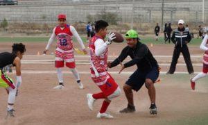 Potros y Black Dogs protagonizaron un emocionante juego en la  la categoría Varonil, donde los rojiblancos se llevaron la victoria por 35-32.