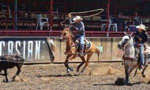La competencia de lazada contará con la participación de vaqueros de distintos estados del País. (foto redes sociales)